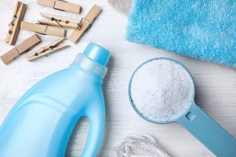 Pegs, detergent bottle and detergent